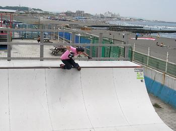 090801_鵠沼海浜公園スケートパーク_IMGP6751.jpg