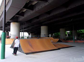 20100627_新横浜スケートパークRIMG0303.jpg